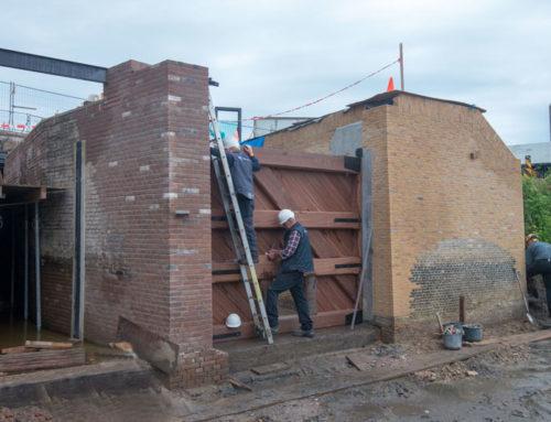 Nieuw sluisdeur geplaatst en Keenesluis